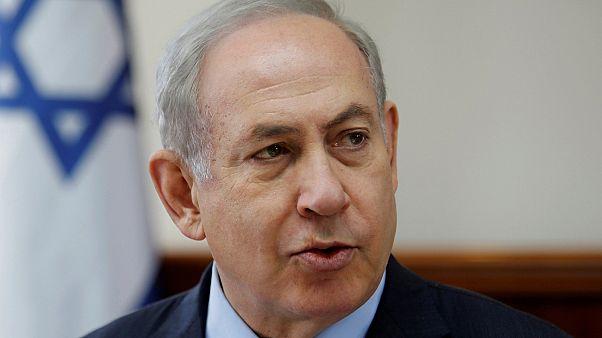 نتنياهو يعلق اتفاق يسمح بنقل آلاف المهاجرين الافارقة من إسرائيل إلى دول غربية