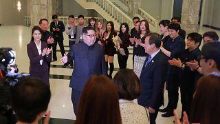 Kim Jong-un a un concerto di artisti della Corea del Sud