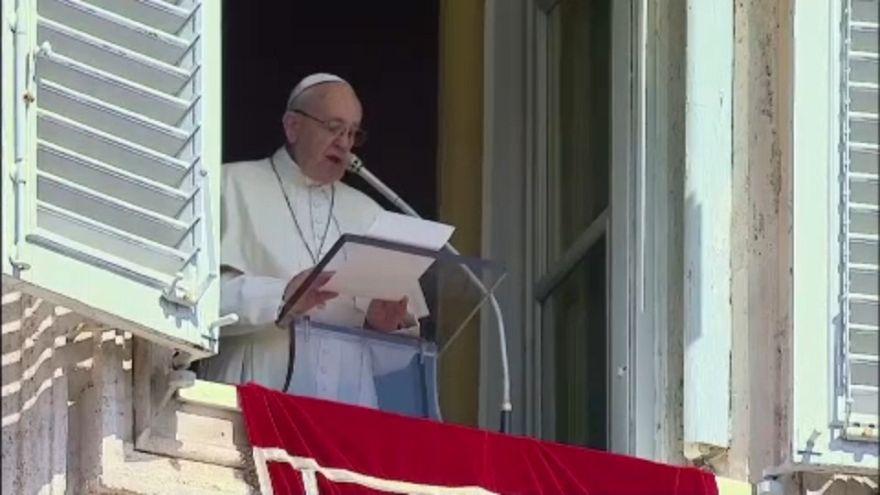 Az elraboltakért emelte föl szavát Ferenc pápa