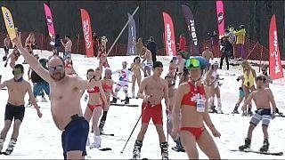 Sotschi: Mit Badeanzug und Skiern auf Weltrekordjagd