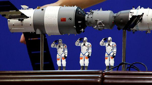 Çin'in uluslararası uzay istasyonu Pasifik'te infilak etti