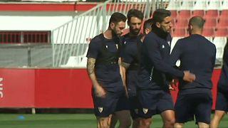 Arturo Vidal and Juan Bernat travel for Bayern-Sevilla game