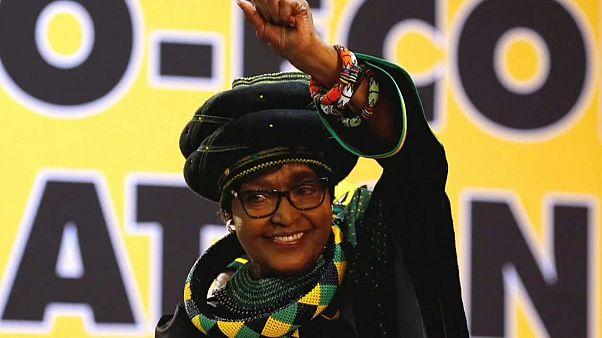È morta Winnie la moglie di Mandela
