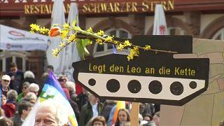 Ostermärsche 2018: Zehntausende demonstrieren