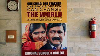 Η Μαλάλα φεύγει από το Πακιστάν ως ηρωίδα