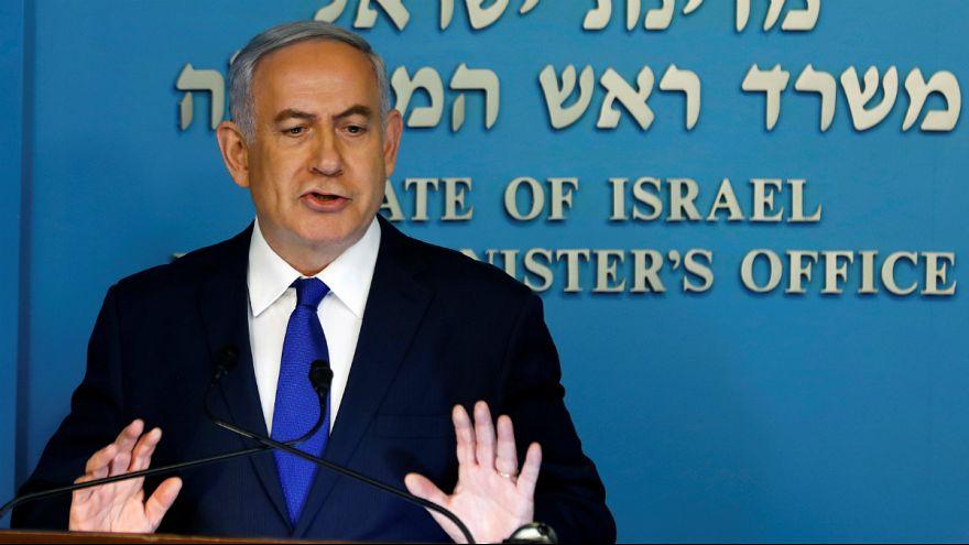 Benjamin Netanyahu esta segunda-feira em conferência de imprensa