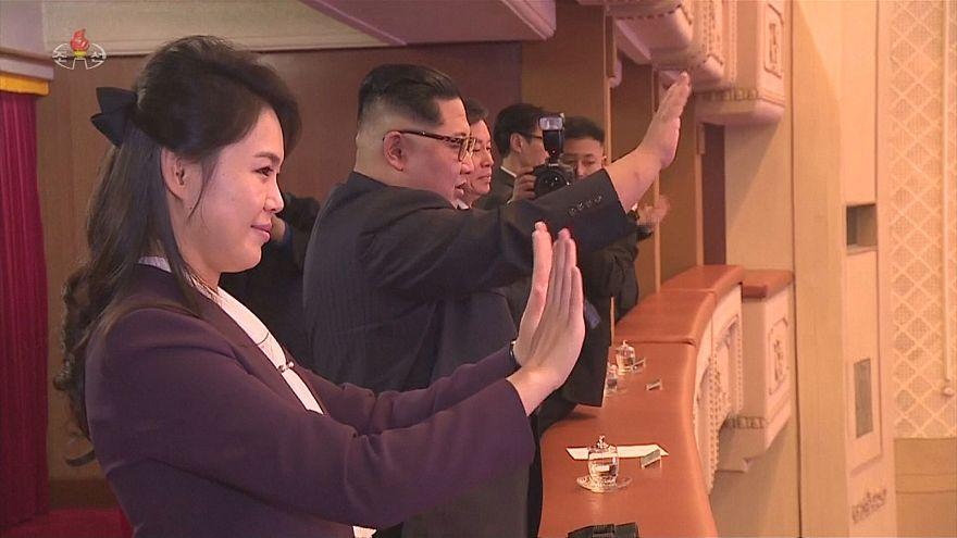 Kim Jong Un watching K-pop performance in Pyongyang