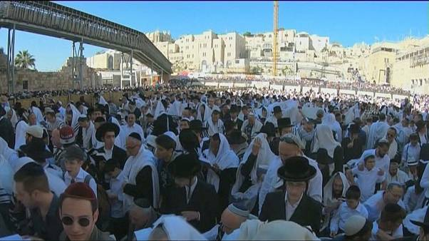 Mass Priestly Blessing held at Jerusalem's Western Wall