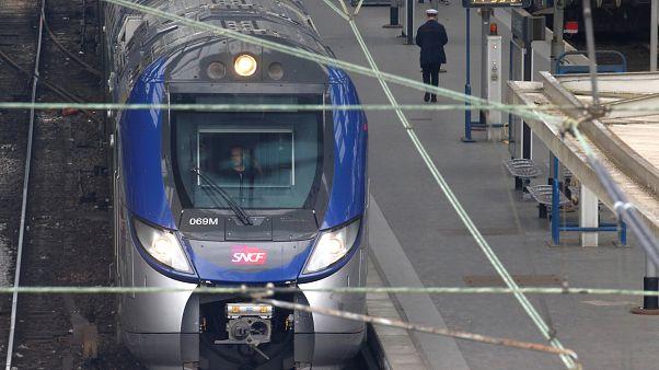 Começa greve de três meses nos comboios franceses