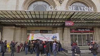 Masiva huelga de los trabajadores del ferrocarril en Francia