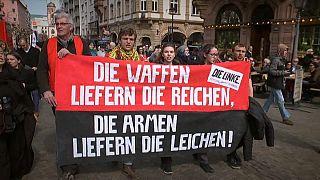 Alemães assinalam a Páscoa com marchas pela paz