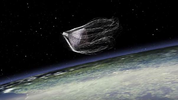 'Space harpoon' to capture orbiting junk heads to ISS