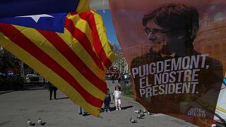 """Procuradoria alemã considera que Puigdemont representa """"risco de fuga"""""""