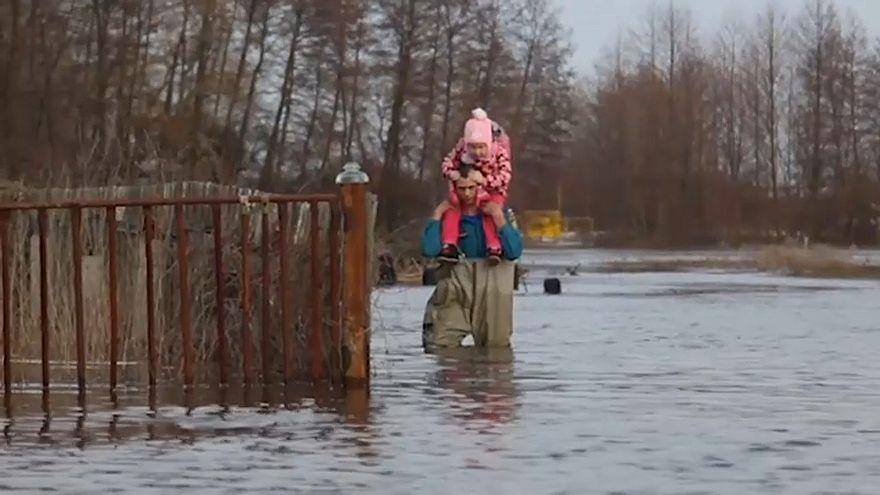 Volgograd sular altında