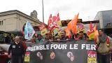 Vasutasok és diákok is tüntettek Lyonban