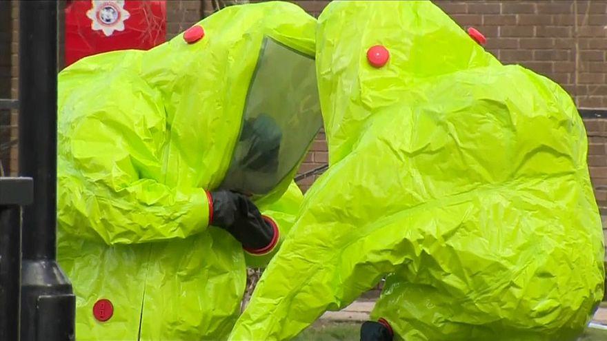 بريطانيا عاجزة عن تحديد مصدر غاز أعصاب استخدم في هجوم على عميل روسي مزدوج