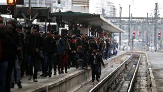 """""""Черный вторник"""" французских пассажиров"""