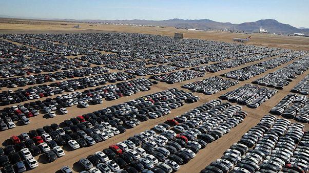 Kaliforniya çöllerinde Volkswagen'in 'dizel mezarlığı'