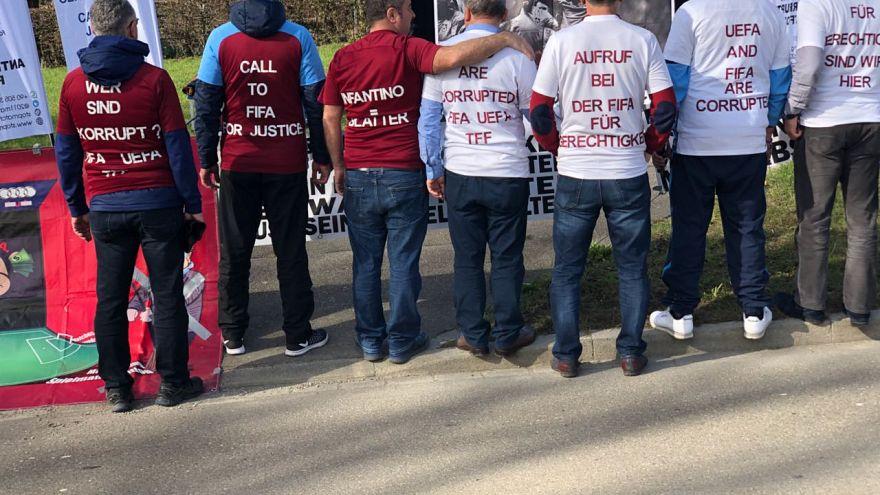 """FIFA önünde çadır kuran Trabzonsporlular: """"Açlık grevine de gideriz"""""""