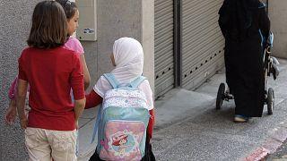 Österreich: Regierung plant Kopftuchverbot in Schulen und Kindergärten