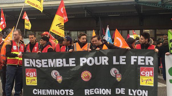 Les cheminots français toujours déterminés