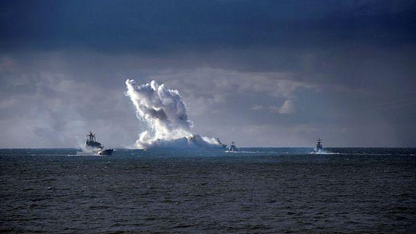 روسيا تجري تجارب صاروخية تتسبب في إغلاق جزئي لبحر البلطيق ومجاله الجوي