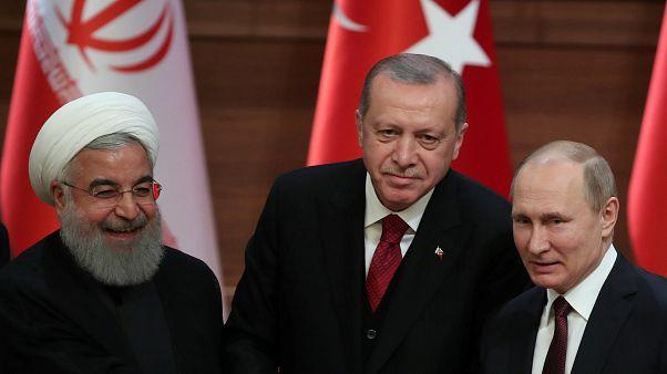 Turquia, Rússia e Irão defendem conversações de Astana