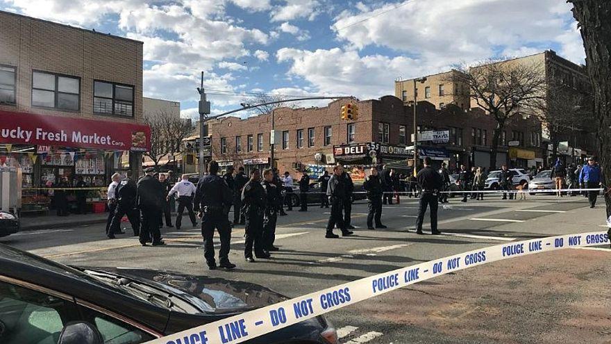 موقع مقتل رجل أسود في الولايات المتحدة بعد الاشتباه بأنه يحمل سلاحا
