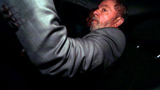 Brezilya eski Devlet Başkanı Da Silva cezaevi yolunda