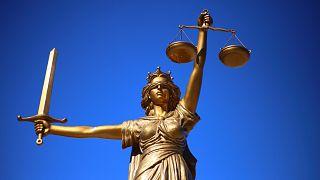 Avukatlar Gününde Türkiye'de 570 avukat tutuklu
