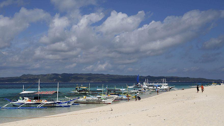 Poluição leva ao encerramento temporário da Ilha de Boracay
