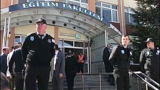 Cuatro muertos en un tiroteo en una universidad turca
