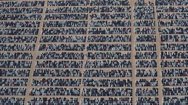 شكوى صينية لمنظمة التجارة بشأن رسوم أمريكية ومصنعو السيارات في قلب المعركة