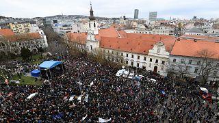 Σλοβακία: Παραίτηση του αρχηγού της αστυνομίας ζητούν χιλιάδες διαδηλωτές