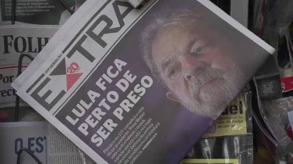 "Mandato di arresto per Lula: ""Deve costituirsi entro venerdì"""