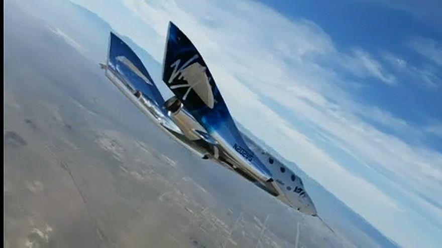 Sikeresen repült a SpaceShip Two