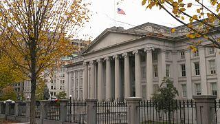 США ввели санкции против российских олигархов