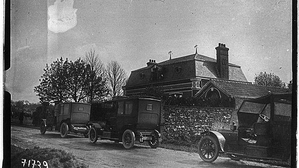Perquisitions dans la maison de Landru en avril 1919