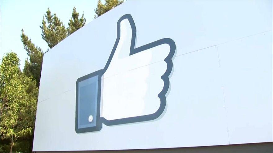 Facebook, la UE al contrattacco