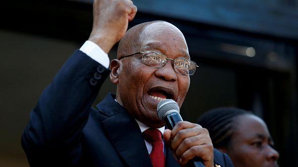 Elnapolták Zuma perét