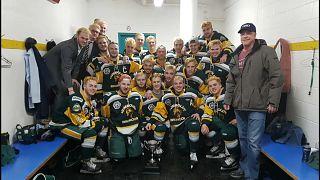 Canada hockey bus crash kills 14