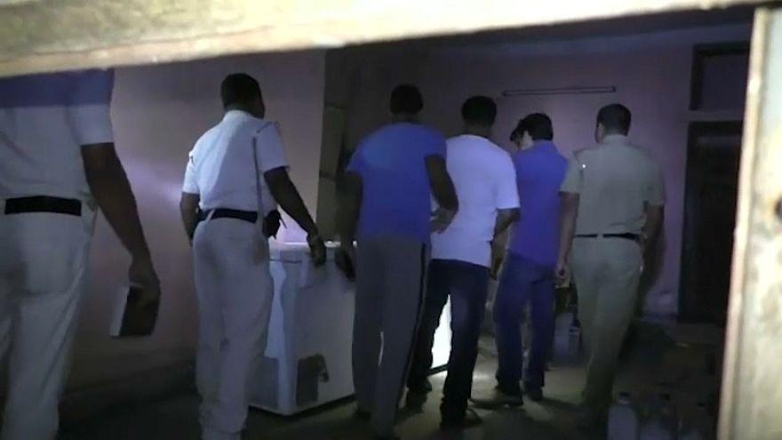 شاهد: أخفى جثة أمه في الثلاجة  3 سنوات من أجل المال