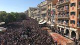 Κέρκυρα: Οι «μπότηδες» έδωσαν το σύνθημα της πρώτης Ανάστασης