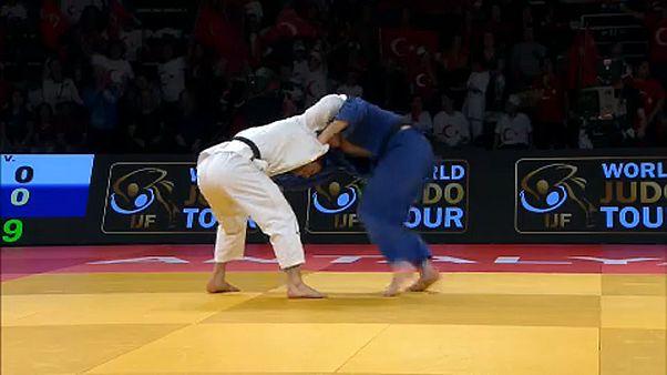 Újabb magyar helyezések a törökországi cselgáncs Grand Prix-n