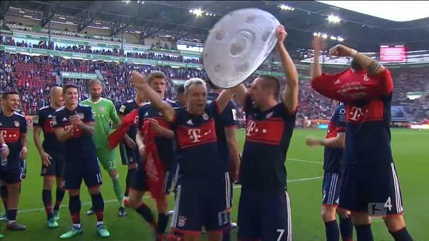 FC Bayern feiert Meistertitel - Manchester City muss warten