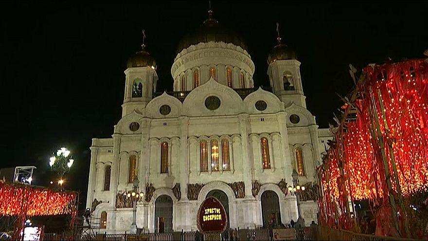 Russia: Putin alla cerimonia per la Pasqua Ortodossa