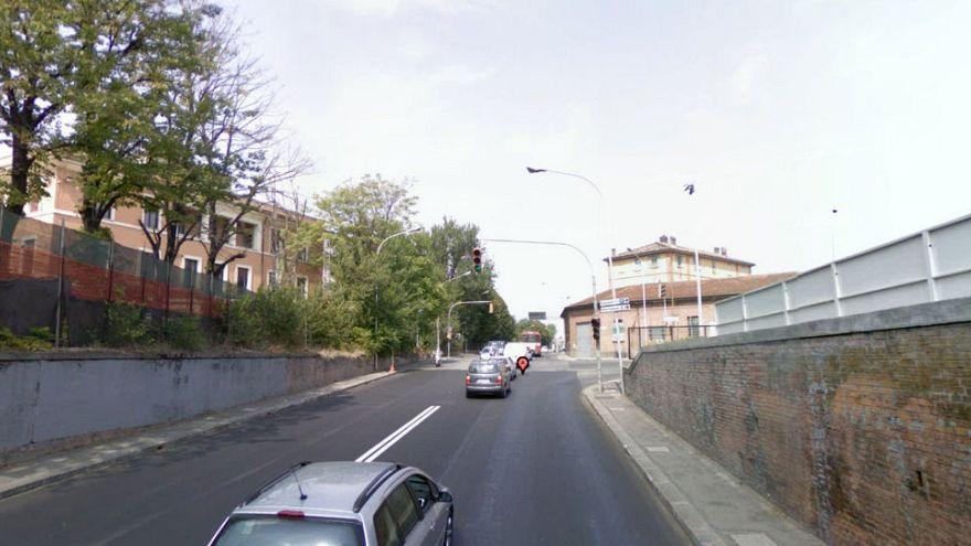 Bologna: il centro città chiuso per una bomba