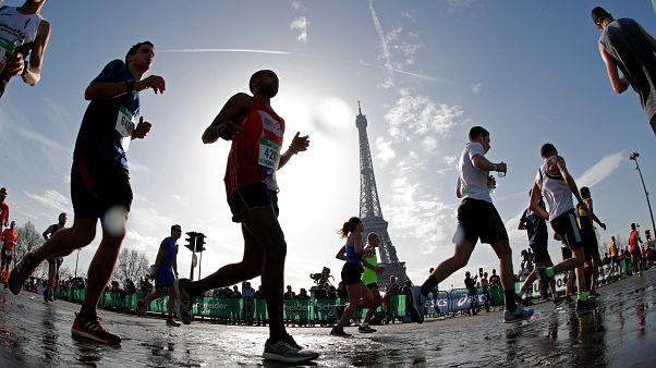 Lonyangata rempile au marathon de Paris