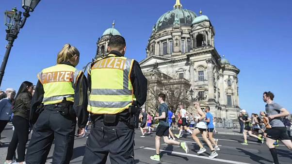Six arrests in Berlin after foiling an alleged knife attack at half marathon