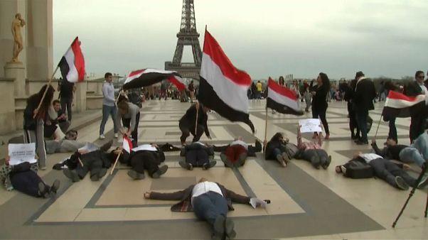 """Opération de séduction à Paris de """"MBS"""", le prince héritier saoudien"""